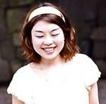 山崎ナオコーラの顔写真