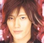 "KAT-TUNの新作 10TH ANNIVERSARY BEST""10Ks!"" (期間限定盤1+期間限定盤2+通常盤セット) は9737円!"